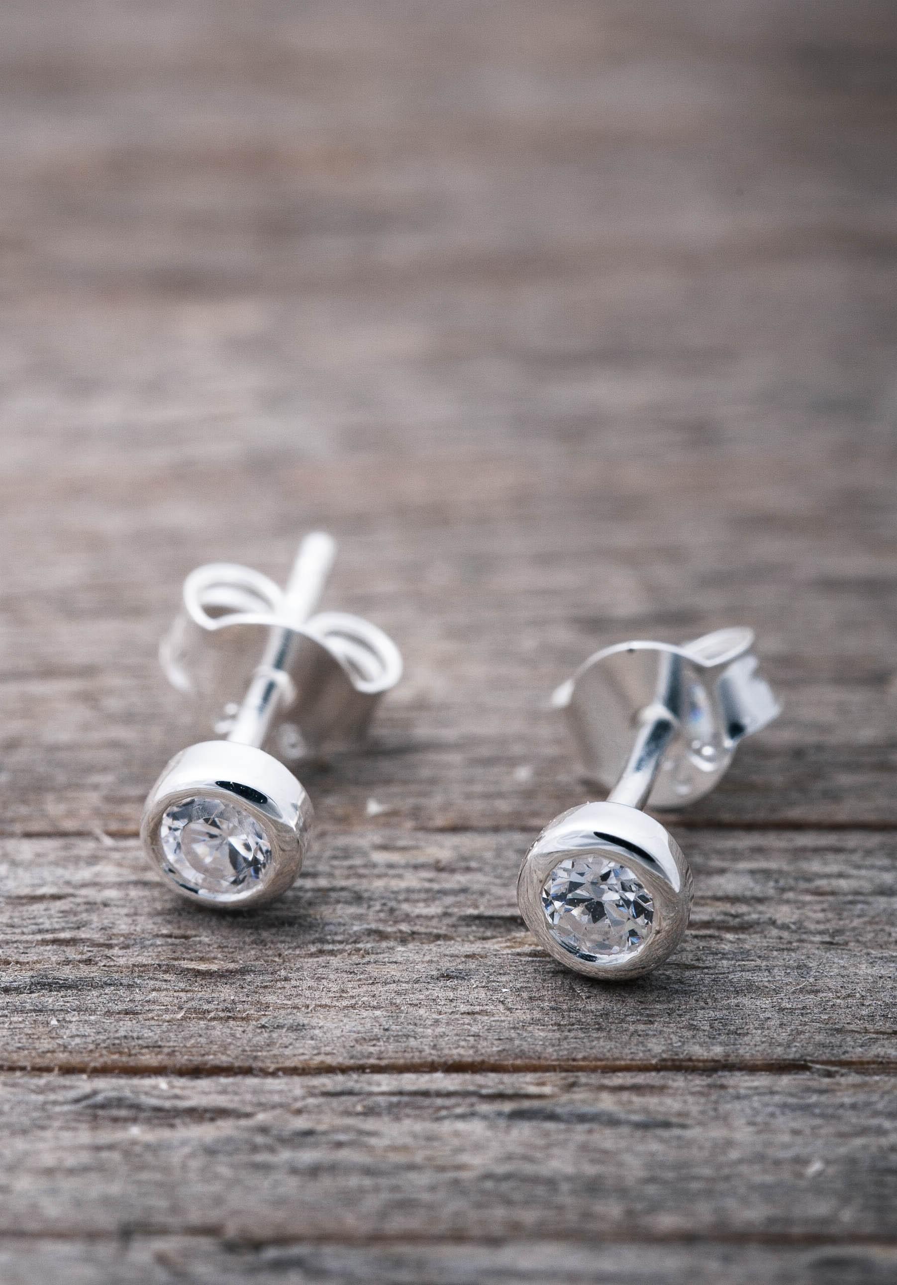ac4a8ac41 Silver earrings c/z stone - Faith