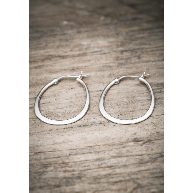 Silverörhänge ovala ringar