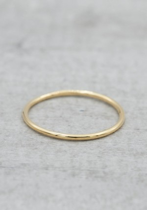 Gold plated ring thinn