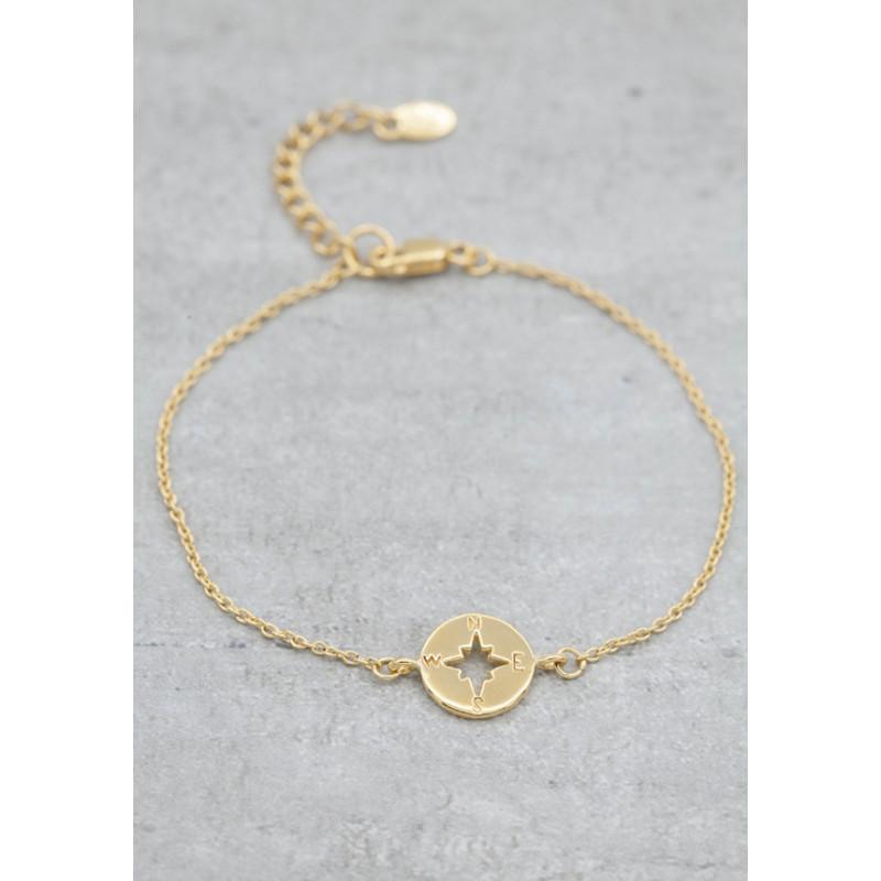 Gold bracelet kompass