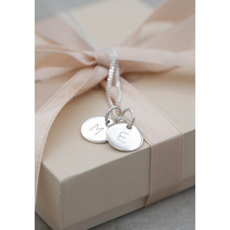 Silverhalsband family tag