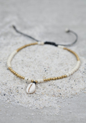 Bead anklet with shell