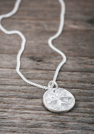 Silverhalsband lycko coin svala