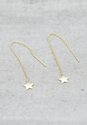 Gold earrings treaded chain with star