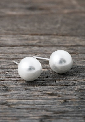 Pearl earrings 10mm