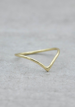 Gold ring V shaped super thin