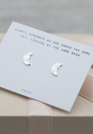 Silver earrings hammered disc